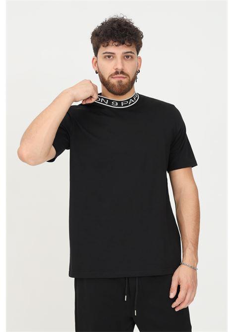 Black men's t-shirt by maison 9 paris, short sleeve and crew neck with logo MAISON 9 PARIS   T-shirt   M9M2358NERO