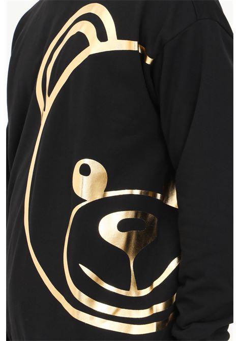 Felpa uomo nero Moschino con maxi stampa oro MOSCHINO | Felpe | A170981130555