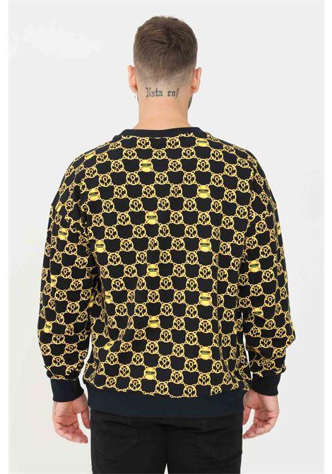 Felpa uomo nero oro moschino con stampa allover MOSCHINO | Felpe | V172481285606