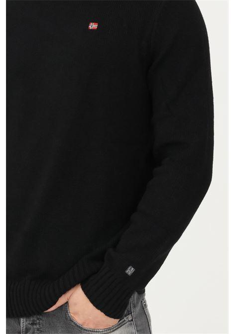 Black men's sweater by napapijri, contrasting crew neck NAPAPIJRI | Knitwear | NP0A4FMA04110411