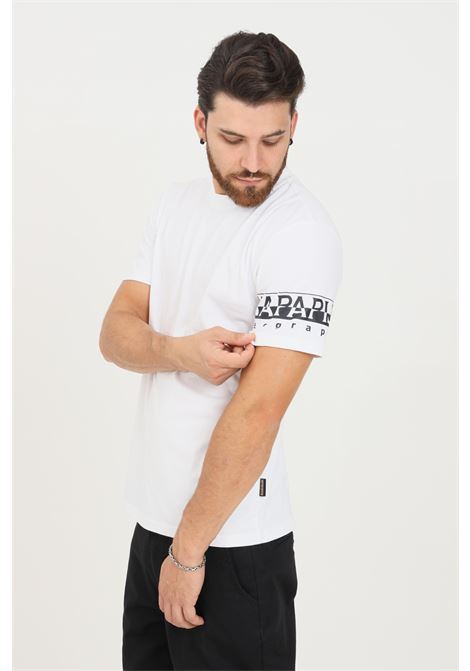 T-shirt uomo bianco napapijri a manica corta con logo a contrasto sulla manica NAPAPIJRI | T-shirt | NP0A4FRH00210021