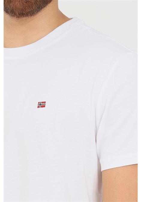 T-shirt uomo bianco napapijri a manica corta con mini logo frontale NAPAPIJRI | T-shirt | NP0A4FRP00210021