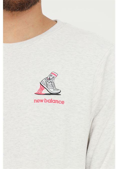 Felpa uomo grigio new balance girocollo con ricamo frontale NEW BALANCE   Felpe   MT13572SAH124