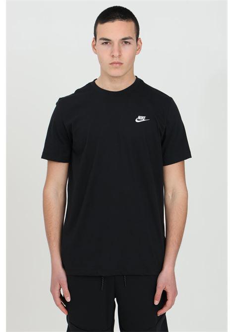 T-shirt uomo nero nike a manica corta con logo a contrasto NIKE | T-shirt | AR4997013