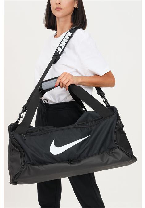 Black gym bag with contrasting logo on the front NIKE | Sport Bag | BA5955010