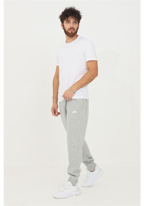 Pantaloni tuta uomo grigio nike sport con logo ricamato NIKE | Pantaloni | BV2671063