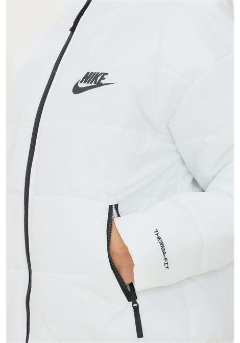 Giubbotto donna bianco nike con logo a contrasto NIKE | Giubbotti | DJ6995100