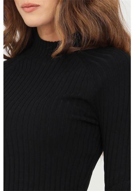 Maglioncino donna nero only modello girocollo con taglio corto ONLY | Maglieria | 15237835BLACK