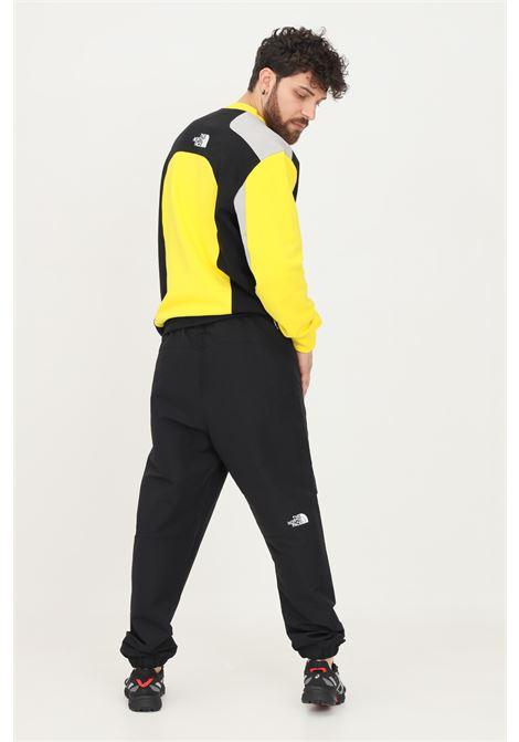 Pantaloni uomo nero the north face casual con molla in vita e cinturino THE NORTH FACE | Pantaloni | NF0A55BGJK31JK31