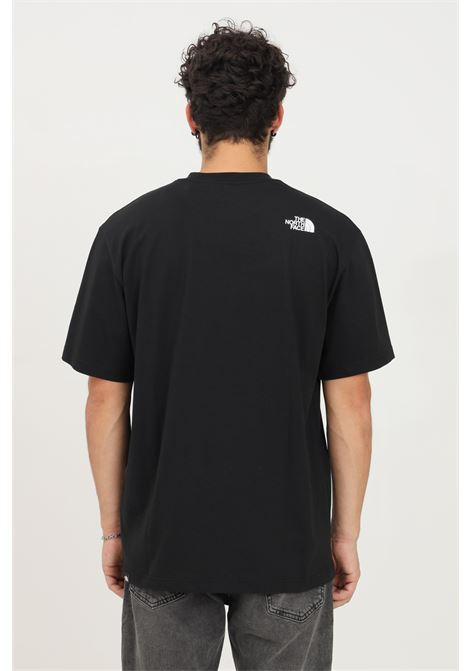 T-shirt uomo nero the north face a manica corta con taschino frontale THE NORTH FACE   T-shirt   NF0A5ICBJK31JK31