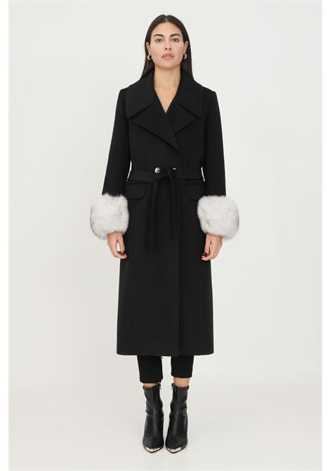 Black women's coat by un_furtive, double-breasted model with fur application on the cuffs UN_FURTIVE   Coat   CD1078/VONERO