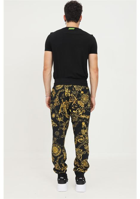 Baroque men's trousers by versace jeans couture, casual model with allover print VERSACE JEANS COUTURE | Pants | 71GAA3B0FS002G89 (899+948)