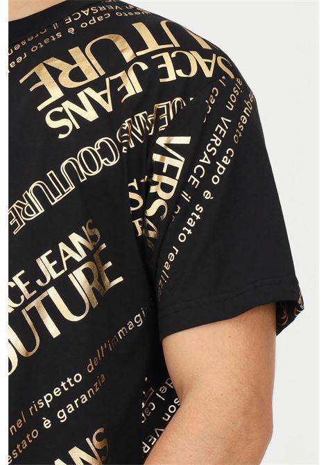 Black men's t-shirt by versace jeans couture with gold lettering logo VERSACE JEANS COUTURE | T-shirt | 71GAHT28CJ00TG89 (899+948)