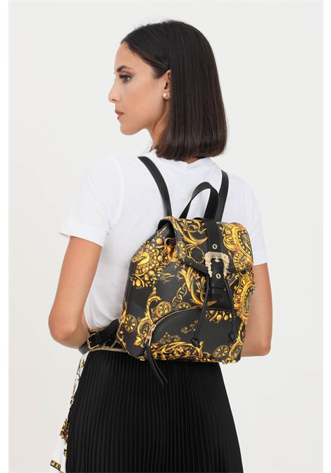 Black women's backpack by versace jeans couture with gold buckle on the front VERSACE JEANS COUTURE | Backpack | 71VA4BF871880G89 (899+948)