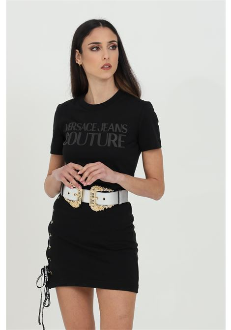 Black t-shirt with front logo. Comfortable model. Brand: Versace Jeans Couture  VERSACE JEANS COUTURE   T-shirt   B2HWA7TA30454899