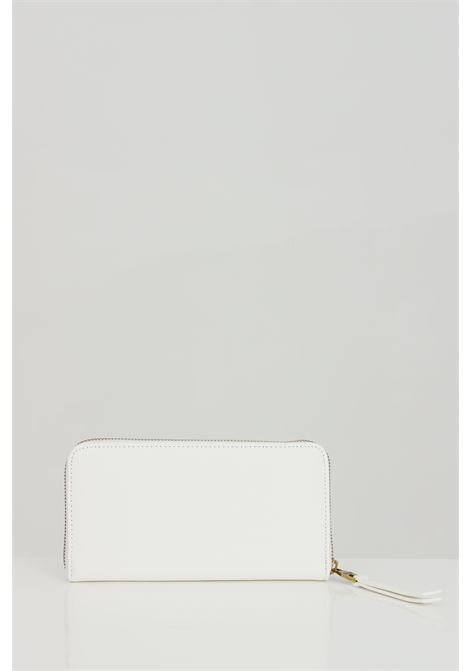 White wallet with metal logo application. Versace jeans couture VERSACE JEANS COUTURE | Wallet | E3VWAPL171879003