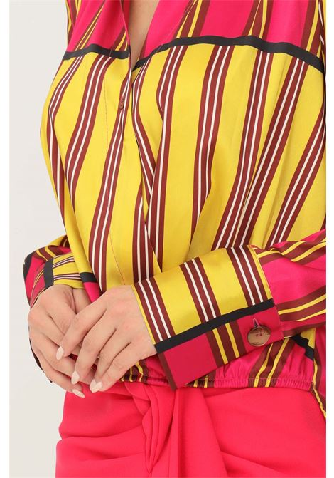 Blusa donna fantasia vicolo con elastico sul fondo VICOLO | Camicie | TX0554FANTASIA