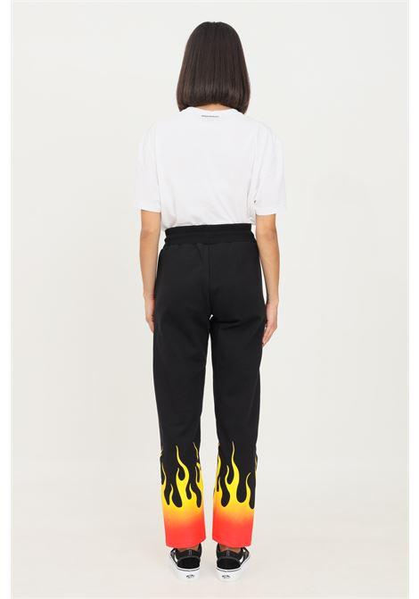 Pantaloni unisex nero vision of super modello casual con stampa fiamma sul fondo VISION OF SUPER | Pantaloni | VOS/B16REDSFUBLACK
