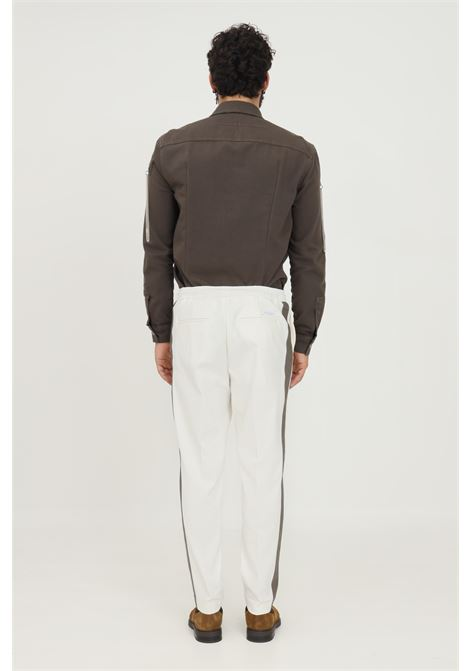 Pantaloni uomo bianco yes london modello casual con elastico regolabile con lacci interni YES LONDON | Pantaloni | XP3109PANNA