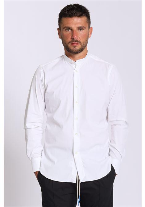 Camicia in tinta unita chiusura con bottoni, modello coreana BRANCACCIO CARUSO | Camicie | KS820/01UNI