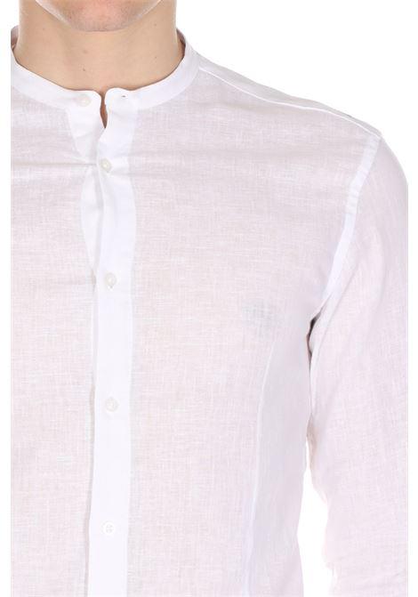 Camicia Con Con Collo Alla Coreana Modello Slim DANIELE ALESSANDRINI | Camicie | C1657R121340022