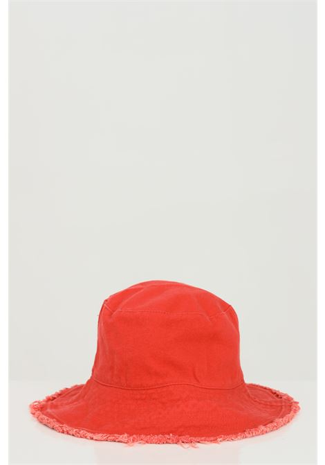 Red hat with fringes bucket model.Addicted