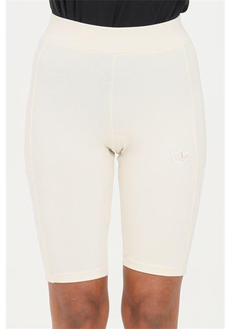 Ciclista donna beige adidas tight corti no-dye ADIDAS | Shorts | GM5383.