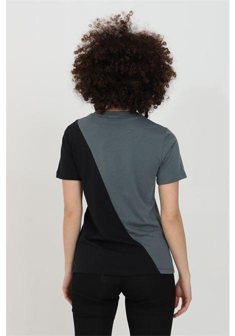 T-shirt bicolor asimmetrico con triplo logo ADIDAS | T-shirt | GN2827.