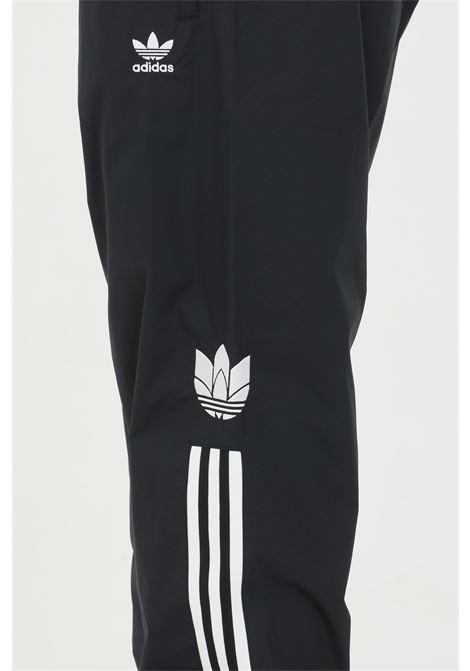 Pantaloni adicolor 3d trefoil 3-stripes ADIDAS | Pantaloni | GN3543.