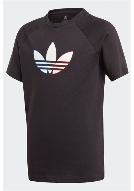Black t-shirt with multicolor logo on the front. Baby model. Brand:Adidas ADIDAS | T-shirt | GN7434.