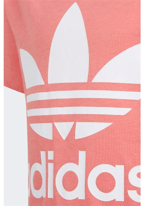 Pink t-shirt in solid color with maxi logo on the front. Baby model. Brand: Adidas ADIDAS | T-shirt | GN8205.