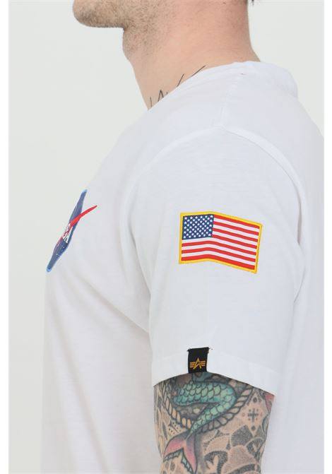 T-shirt uomo bianco alpha industries a manica corta con patch frontale e stampa sul retro ALPHA INDUSTRIES | T-shirt | 17650709