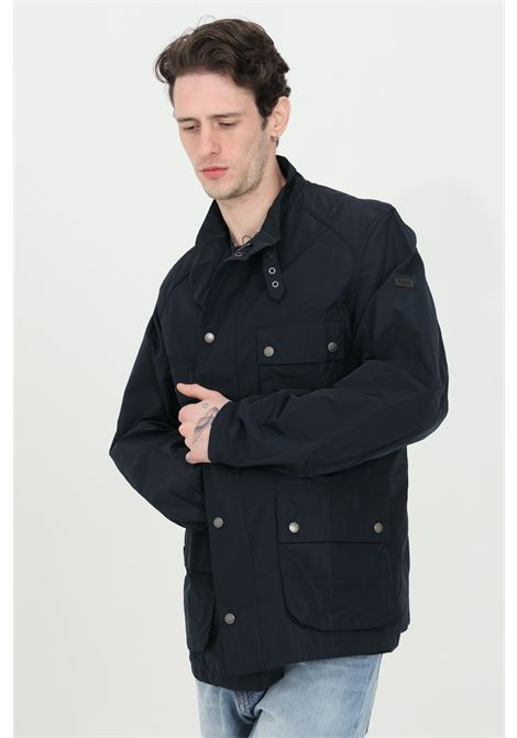 Giubbotto uomo blu barbour giacca a vento leggero con zip frontale integrale nascosta, colletto alto con cinturino. Taschini frontali con bottoni BARbour | Giubbotti | MCA0545-MCANY71