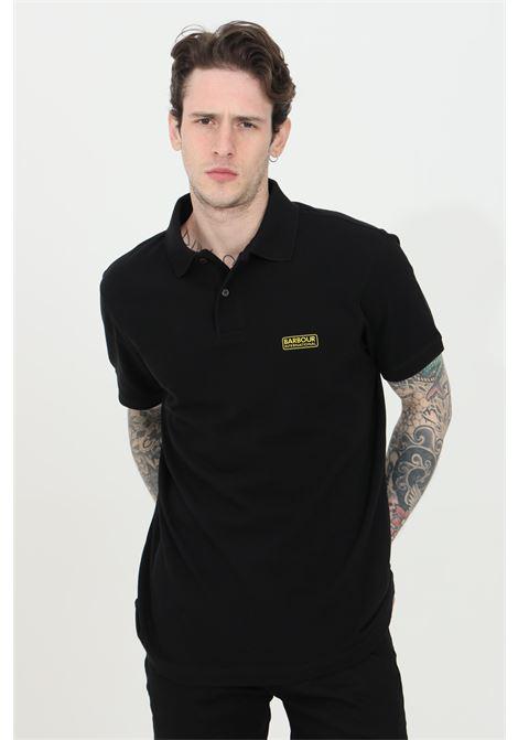 Polo uomo nero barbour modello classico con bottoni e logo frontale. Regular fit BARbour | Polo | MML0914-MMLBK31