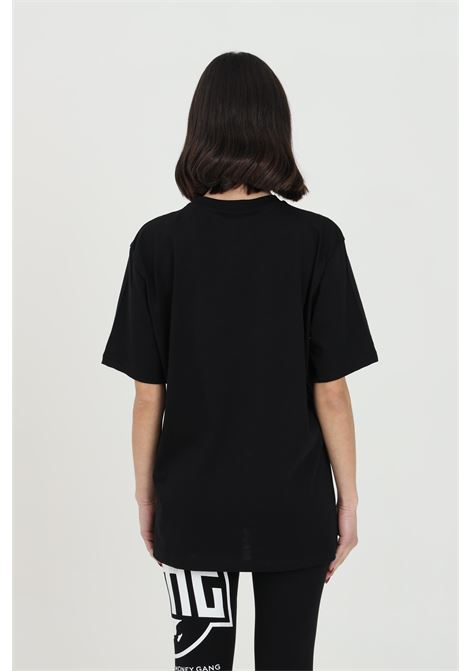 Black t-shirt with maxi print,short sleeve. Straight bottom.Bhmg