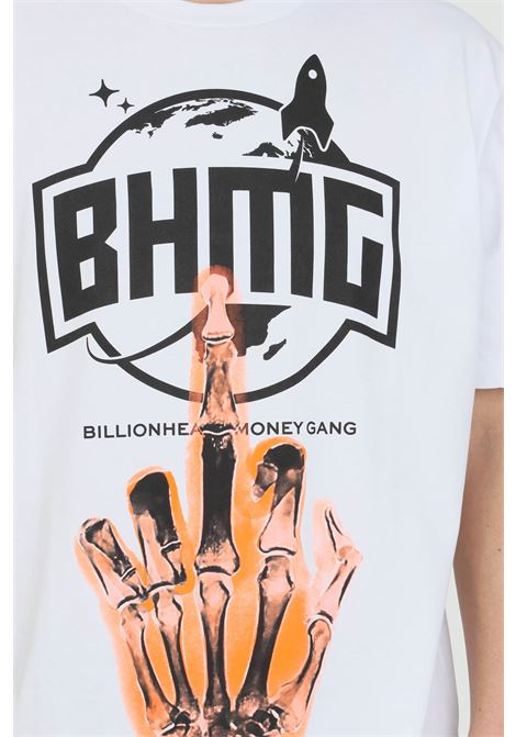 White t-shirt with short sleeves and print on the front.Bhmg BHMG | T-shirt | 029110001