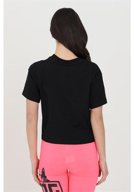 T-shirt donna nero a manica corta con stampa sul fronte. Modello over comodo in tinta unita BHMG | T-shirt | 029120110