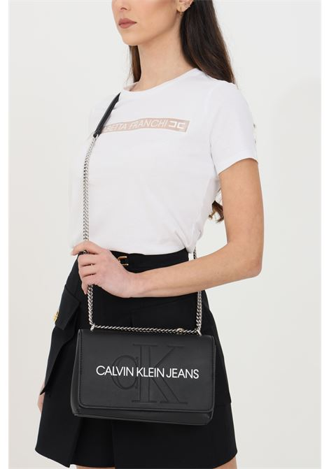 Borsa donna nero calvin klein con tracolla e chiusura con clip, tasca esterna sul retro CALVIN KLEIN | Borse | K60K607463BDS