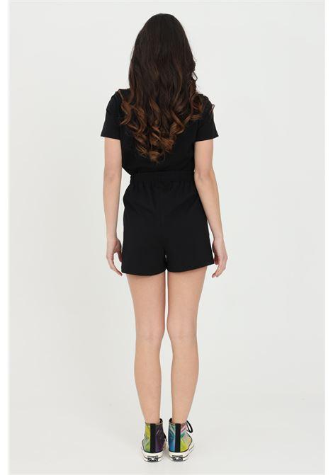 Shorts all star side w donna nero Converse casual con elastico in vita e tasche laterali. Logo a contrasto. CONVERSE | Shorts | 10022589-A03A03