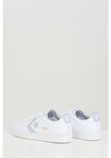White PRO LEATHER OX sneakers in solid color, closure with laces, rubber sole and round toe, silver application. Converse  CONVERSE | Sneakers | 170360C.