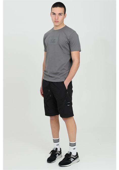Shorts uomo nero cp company casual con tasche e maxi zip C.P. COMPANY | Shorts | 10CMBE052A-005904G999