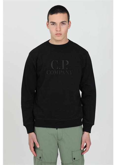 Black sweatshirt in heavy fabric with long sleeves. Comfortable fit. C.p. company C.P. COMPANY | Sweatshirt | 10CMSS097A-005994W999