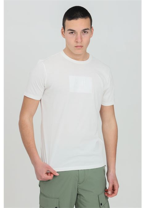 White t-shirt with front logo, short sleeves. Regular fit. C.p. company C.P. COMPANY | T-shirt | 10CMTS180A-005100W103