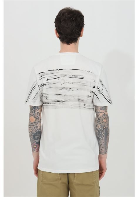 White t-shirt with short sleeves and front print. Regular fit. C.p. company C.P. COMPANY | T-shirt | 10CMTS209A-005697H103