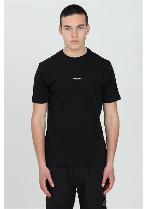 Black t-shirt with contrasting front logo, short sleeves. Regular fit. C.p. company C.P. COMPANY | T-shirt | 10CMTS213A-006011W999