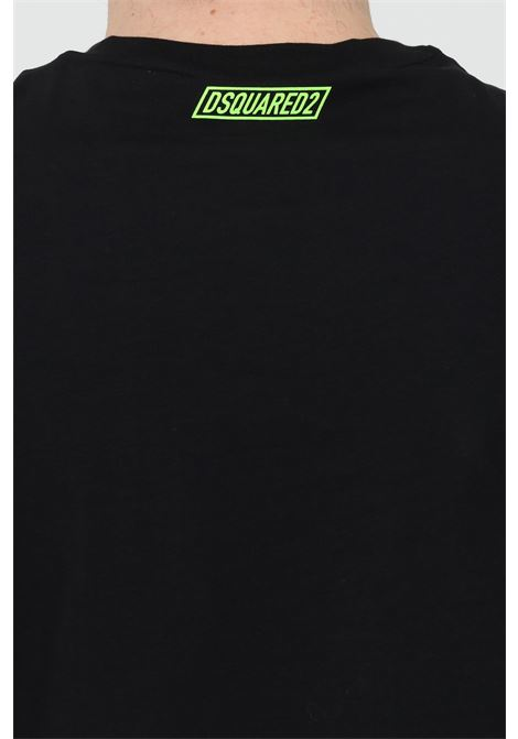 Black t-shirt with fluo logo on tihe back, short sleeve. Dsquared2  DSQUARED2 | T-shirt | D9M203470001