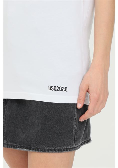 White t-shirt with short sleeves. Basic model. Dsquared2 DSQUARED2 | T-shirt | D9X203490100