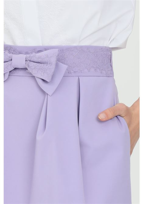 Shorts donna elisabetta franchi ad effetto gonna con fiocco ELISABETTA FRANCHI | Shorts | SH00613E2Q38