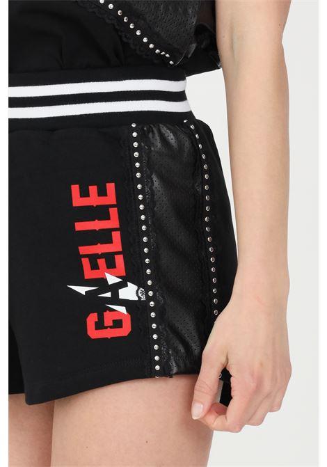 Black casual shorts gaelle GAELLE | Shorts | GBD8848NERO