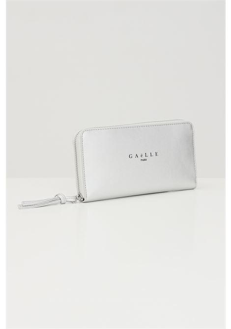 Silver women's wallet by gaelle with front logo  GAELLE | Wallet | GBDA2172ARGENTO